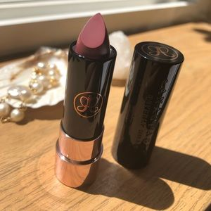 Anastasia Matte Lipstick Color Dead Roses